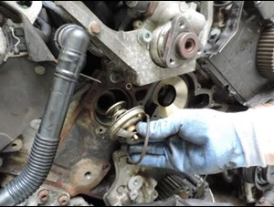 2015-09-save-costs-when-replacing-the-timing-belt-drive